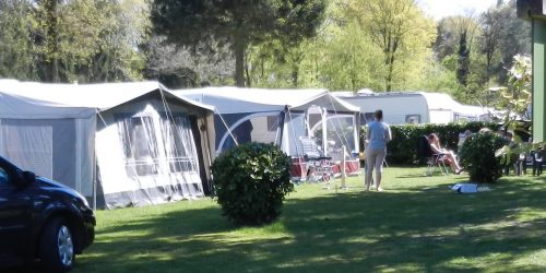 Basiskampeerplaats camping de Kienehoef, basiskampeerplaatsen 203-208
