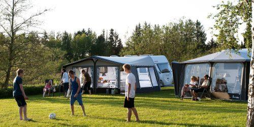 Voetballen op de camping, de Kienehoef
