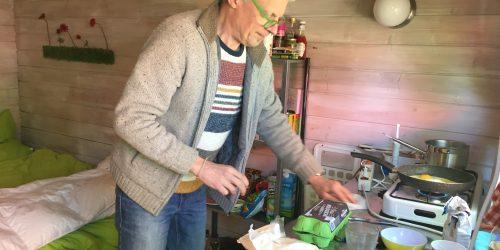 Koken in de zwerfhut op de Kienehoef